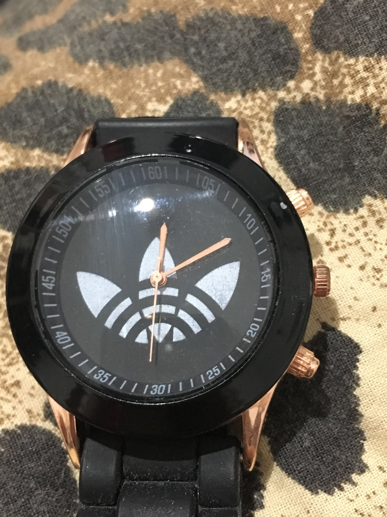 שעון-אדידס- - יד 2