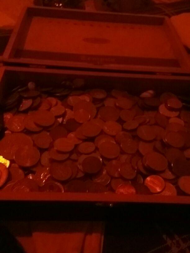אוסף-עצום-של-מטבעות-מכל-רחבי-העולם - יד 2