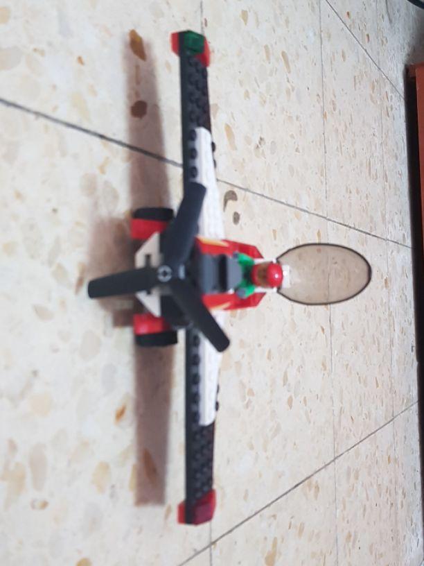 מטוס-לגו-סיטי - יד 2