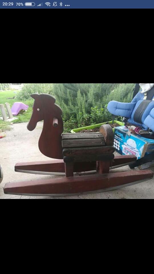 סוס-עץ-וינטג' - יד 2