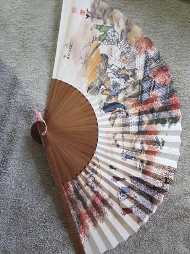 מניפה-קוריאנית-מקורית - יד 2