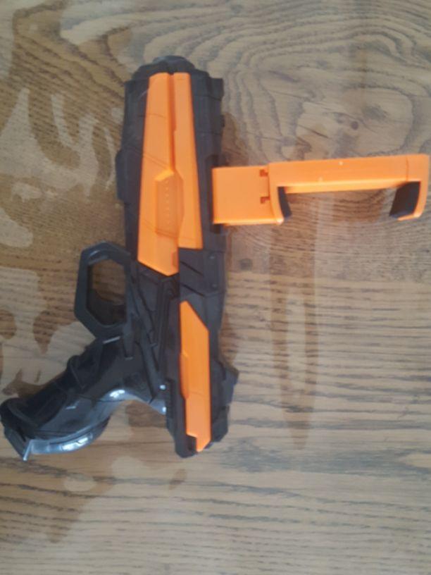 אקדח-ar - יד 2