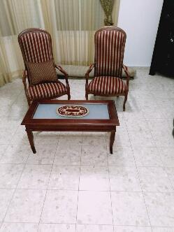 שולחן-עם-שני-כיסאות - יד 2