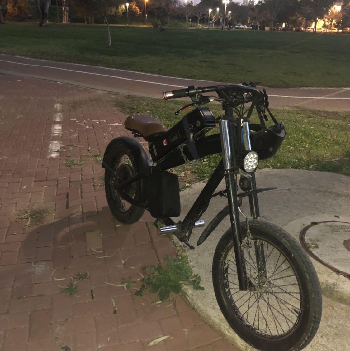 אופני-הארלי-מצב-מצוין-סוללה-48/20-אמפר-מהירות-30-35-קמש-גמיש-לרציניים-איזור-בני-ברק-רמת-גן - יד 2