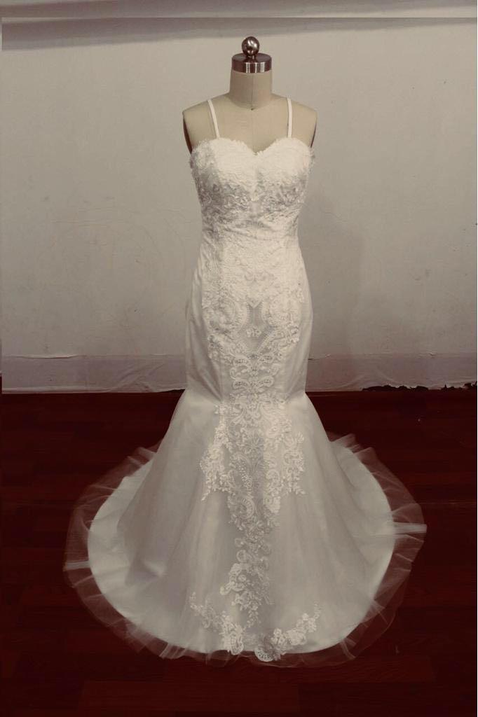 שמלת-כלות - יד 2