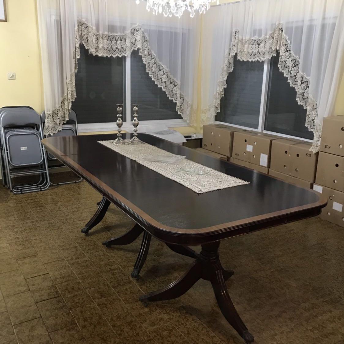 שולחן-אוכל-בסגנון-אנגלי-מעץ-משובח- - יד 2