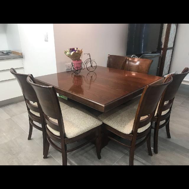 שולחן-נפתח-עם-שישה-כסאות - יד 2