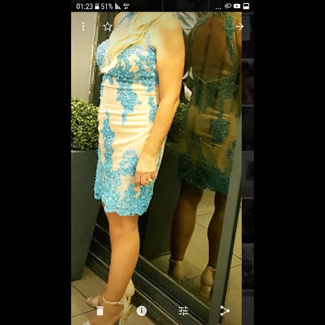 שמלת-מעצב-מושלמת-משובצת-קריסטלים-סוורובסקי - יד 2