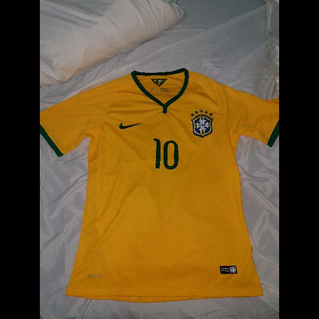 חולצת-נבחרת-ברזיל-נייקי-רשמית-מונדיאל-2014-מקורית! - יד 2