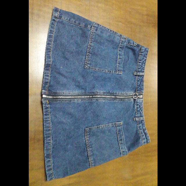 חצאית-ג'ינס-פעמון-מידה-L- - יד 2