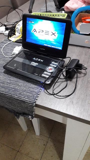 די-וי-די-נייד-עם-כניסה-לדיסקים-וusb-עם-כניסה-של-אוזניות-ומסך-מסתובב-360-מעלות-חדש-חדש-חדש - יד 2