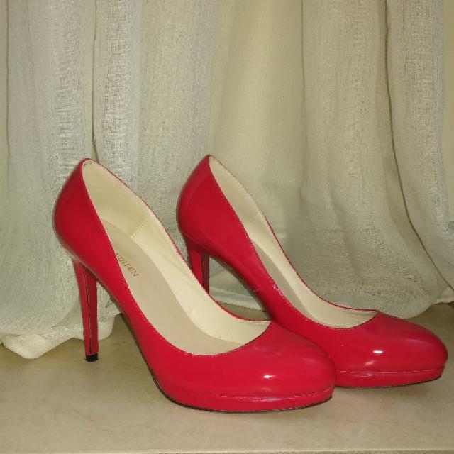 נעלי-עקב-אדומות-מידה-38 - יד 2