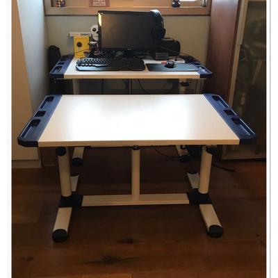 שולחן-כתיבה-מתכוונן-של-אימגנריום