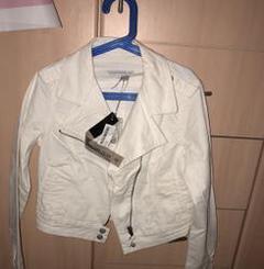 ג׳קט-ג׳ינס-לבן