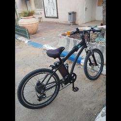 אופניים-חשמלית-הכל-עובד-חוץ-מידית-הגז-שהיא-קצת-חא-בסדר-ואפשר-לסדר-אותה-ועם-הפדלים-היא-נוסעת-עם-החשמל-בטרייה-36-ואט - יד 2