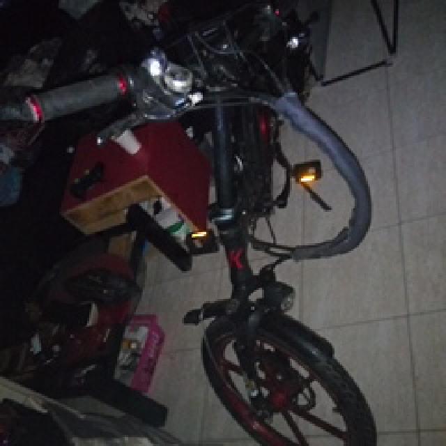 אופניים-חשמליות-/מתקפלות-,גלגליי-מגנזיום-