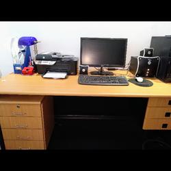 שולחן-עבודה-ענקי!-עם-3-מגרות-מובנות-ושידה-נוספת-4-מגרות-על-גלגלים - יד 2