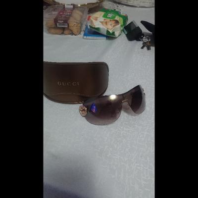 משקפי-שמש-של-גוצי-מקוריות-