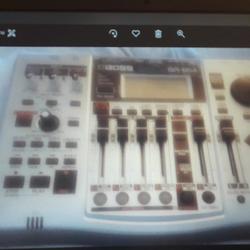 מכשיר-הקלטה-למוסיקאים-כדי-לעשות-דיסק-מקצועי - יד 2