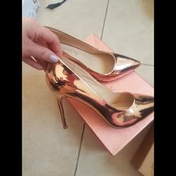 נעליים-מאסוס-לא-ננעלו-נמכרים-עקב-טעות-במידה - יד 2