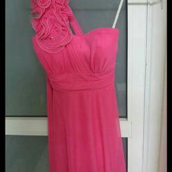 שמלה-ששומשה-פעמים-בודדות