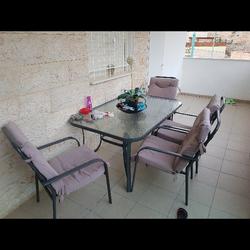 פינת-ישיבה-לחצר/-גינה-עם-שולחן-רחב-מזכוכית-הכוללת-6-כיסאות-מרופדים-נוחים-במיוחד - יד 2