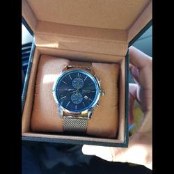 שעון-הוגו-בוס-נדיר-לגברים-קיימים-5-יחידות-במלאי