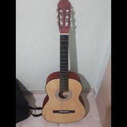 גיטרה-קלאסית - יד 2
