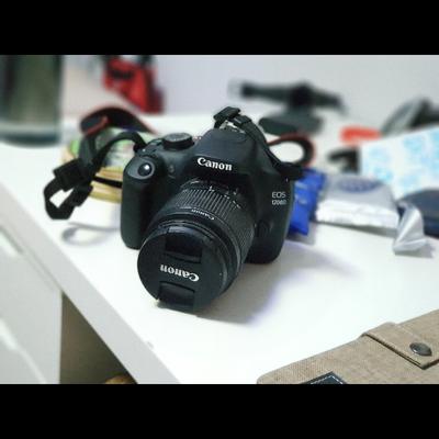 מצלמה-Canon-1200D - יד 2