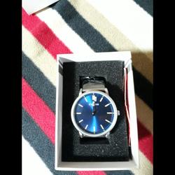 שעון-חדש-ללא-שימוש