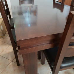 שולחן-פינת-אוכל-כולל-6-כיסאות-במצב-חדש