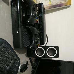 אקס-בוקס-360-+מצלמת-קינקט-+78משחקים-והאקס-בוקס-פרוץ-כל-הקודם-זוכה